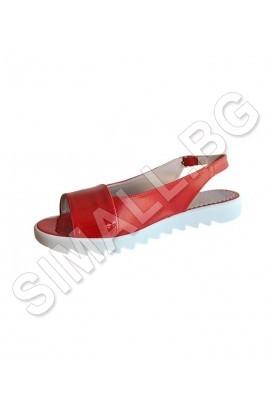 Ladies sandal in 2 colors