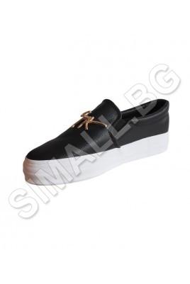 Дамска спортна обувка в 3 цвята