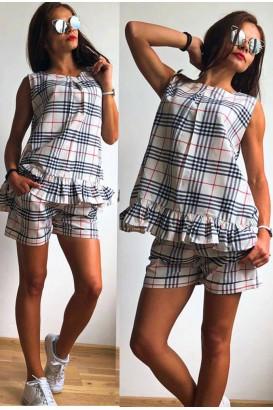 Ladies tunic set with short pants