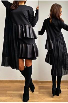 Дамска черна рокля с къдри и кожа